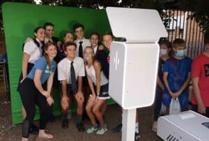school-photo-booth-selfiebox-nano