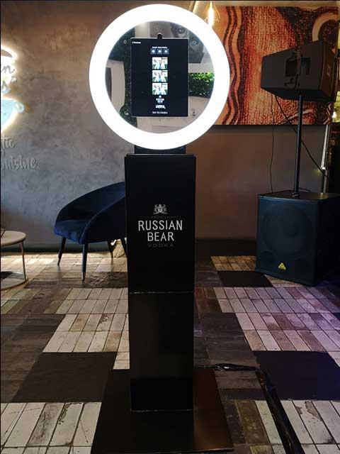 photo booth joburg russian bear